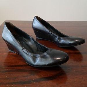 """Paul Green """"Laurel"""" Leather Wedges Size7.5AU/10US"""